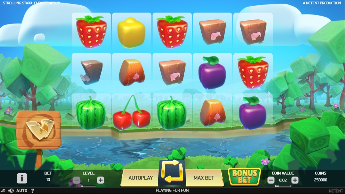 Слот Strolling Staxx Cubic Fruits