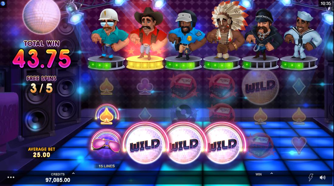 Игровой автомат Village People Macho Moves