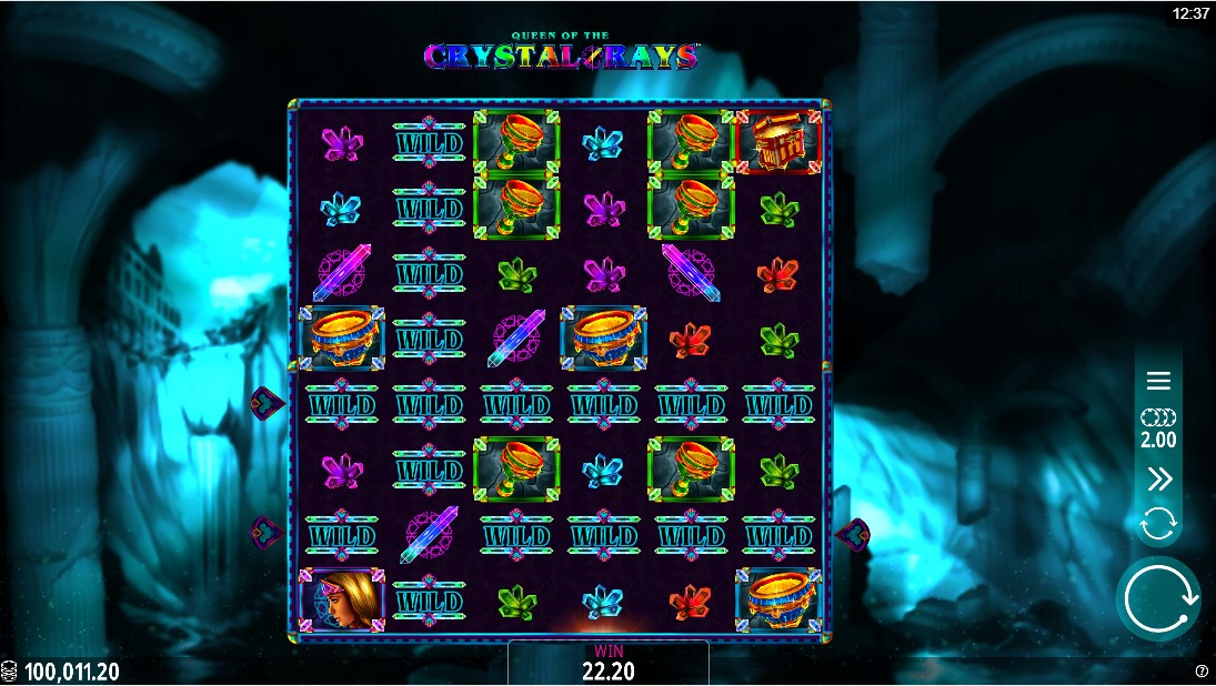 Слот Queen of the Crystal Rays играть