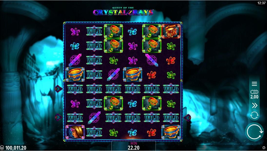 Слот Queen of the Crystal Rays играть