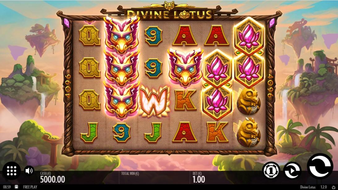 Играть бесплатно Divine Lotus