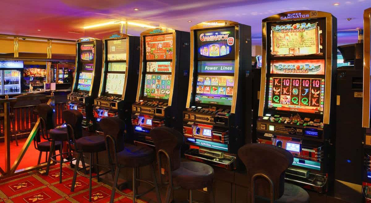 Работа операторам игровых автоматов игровые автоматы 888 медвежий приз 25 линии